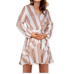 Long Sleeve Ruffles V-Neck Short Dress With Belt